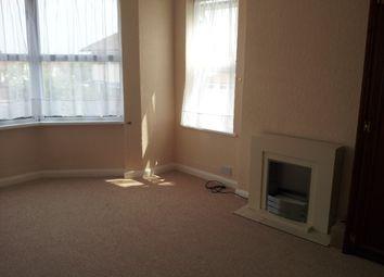 Thumbnail 2 bed flat to rent in Ramridge Road, Luton