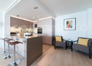 Thumbnail 3 bedroom flat to rent in Park Street, London