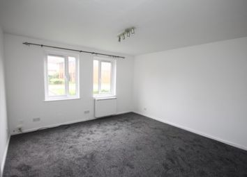Thumbnail 2 bed flat to rent in Cavalier Close, Luton