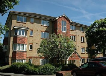 1 bed flat to rent in Muggeridge Close, South Croydon CR2