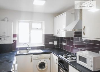 Thumbnail 3 bedroom flat to rent in Meadfield Road, Langley, Slough