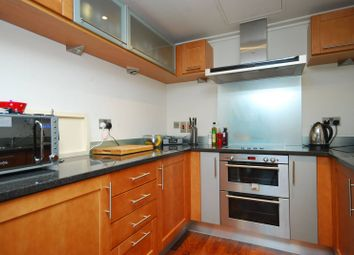 Thumbnail 2 bed flat to rent in South Quay Square, Canary Wharf