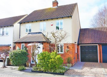 3 bed detached house for sale in Gate Lodge Way, Basildon SS15