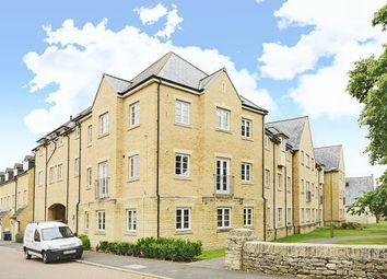 2 bed flat for sale in Wilkinson Place, Witney OX28