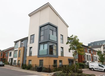 Thumbnail 1 bed property to rent in Drake Way, Kennet Island, Reading