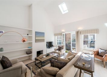 Thumbnail 3 bedroom mews house for sale in Montagu Mews North, London