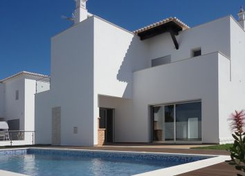 Thumbnail 4 bed villa for sale in Portimão, Portimão, Portugal
