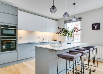 Thumbnail 3 bed flat for sale in Munster Road, Parsons Green, London
