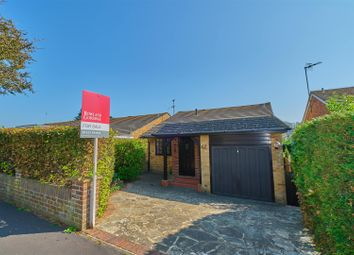 Valley Drive, Seaford BN25. 3 bed detached house