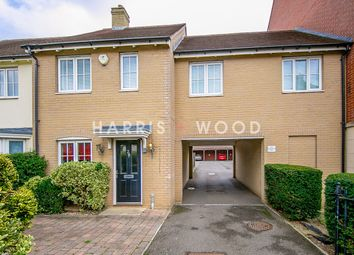 William Harris Way, Colchester CO2. 3 bed semi-detached house