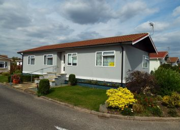 Bedwell Park, Witchford, Cambridgeshire CB6. 2 bed mobile/park home for sale