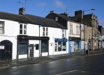 Thumbnail 2 bedroom flat to rent in Devonshire Place, Harrogate