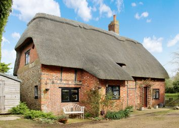 Thumbnail 2 bed cottage for sale in Upper Lambourn, Hungerford