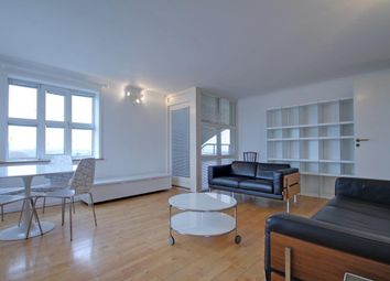 Thumbnail 1 bed flat to rent in Helsinki Square, Surrey Quays
