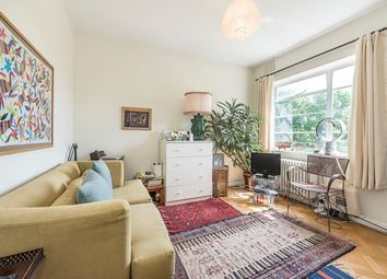 Thumbnail 1 bed flat to rent in Meadowside, East Twickenham