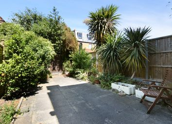 Thumbnail 2 bed flat to rent in Wingrave Road, London