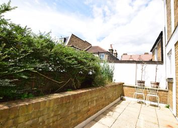Thumbnail 2 bed flat for sale in Hamilton Mews, Wandsworth