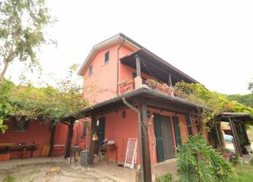 Thumbnail 4 bed country house for sale in Sp1, Provincia di Teramo, Italy