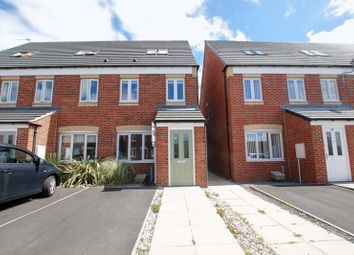 Thumbnail 3 bed town house for sale in Talisman Way, Blyth