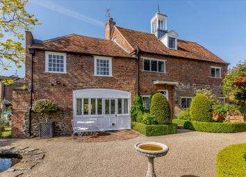Bear Lane, Wallingford, Oxfordshire OX10. 3 bed detached house for sale