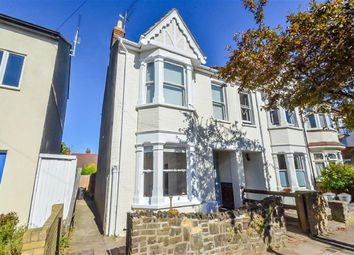 Thumbnail 1 bed flat for sale in Lansdowne Avenue, Leigh-On-Sea, Essex