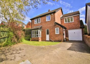 Thumbnail 4 bedroom detached house for sale in Launcelot Crescent, Thornhill, Cardiff