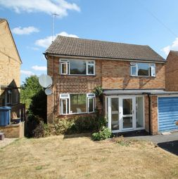 Thumbnail 4 bed detached house to rent in Kingsley Crescent, High Wycombe