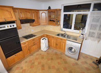 3 bed terraced house to rent in Coniston Gardens, Ilford IG4