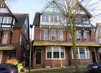 Thumbnail 1 bed flat to rent in Alexandra Road, Leicester