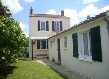 Thumbnail 4 bed town house for sale in 85580, Saint-Michel-En-L'herm, Luçon, Fontenay-Le-Comte, Vendée, Loire, France