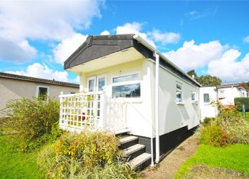 Thumbnail 2 bed mobile/park home for sale in Addlestone, Surrey