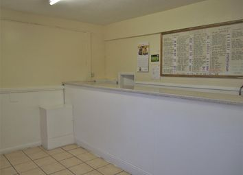 3 bed property for sale in Hot Food Take Away DN15, Lincolnshire