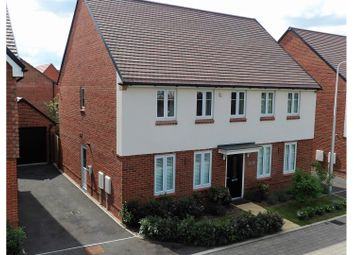 Thumbnail 4 bed detached house to rent in London Road, Wokingham