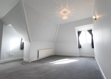 Thumbnail 2 bed flat to rent in Woodlands Road, Bromley, Kent