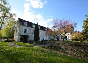 Thumbnail 7 bed property for sale in Auvergne, Allier, Chantelle