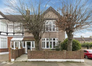4 bed property for sale in Clarendon Gardens, Cranbrook, Ilford IG1