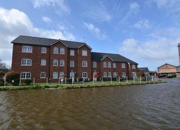 Thumbnail 2 bedroom flat to rent in Grosvenor Wharf Road, Ellesmere Port