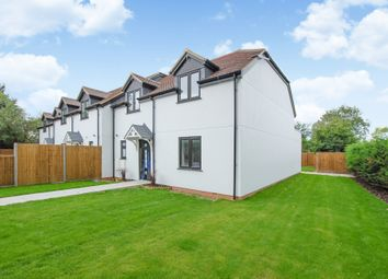 3 bed mews house for sale in North Common Road, North Uxbridge UB8