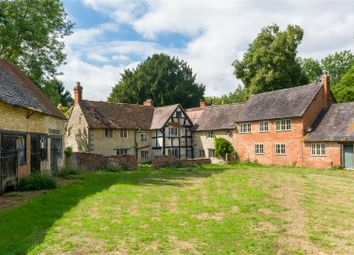 Thumbnail 6 bed country house for sale in Walton, Warwick