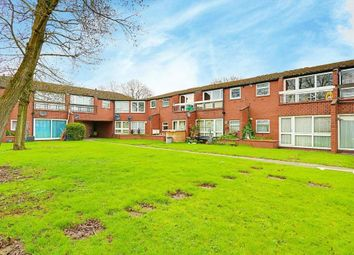 1 bed maisonette to rent in Glebe Avenue, Ruislip HA4