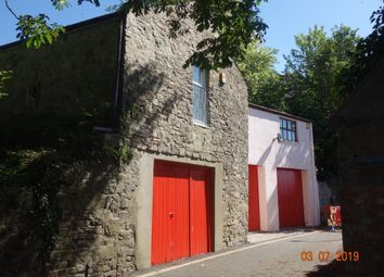 1 bed flat to rent in 1 Castle Back Flat, Castle Lake, Haverfordwest. SA61