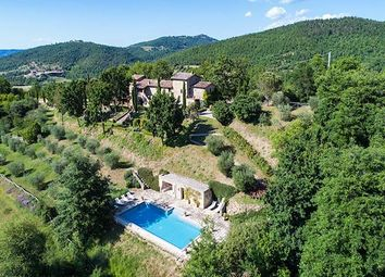 Thumbnail 4 bed country house for sale in Passignano Sul Trasimeno, Perugia, Umbria, Italy