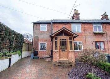 3 bed end terrace house for sale in Hill Road, Oakley, Basingstoke RG23