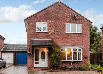 Thumbnail 4 bed detached house for sale in Fenwick Close, Alcester, Warwickshire