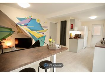 6 bed semi-detached house to rent in Dartmouth Crescent, Brighton BN2