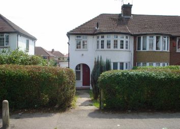 Thumbnail 2 bedroom maisonette to rent in Cumberland Avenue, Farnham Royal, Slough