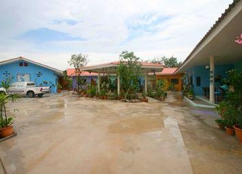 Thumbnail Retail premises for sale in Ooy Garden Rooms Resort, Mabprachan Lake, Pattaya