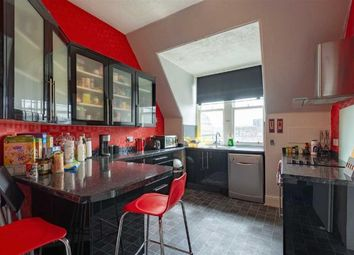 Thumbnail 5 bed flat to rent in Whitehall Street, Dundee