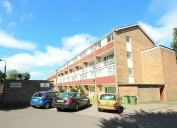 Thumbnail 3 bed flat for sale in North Parade, Horsham