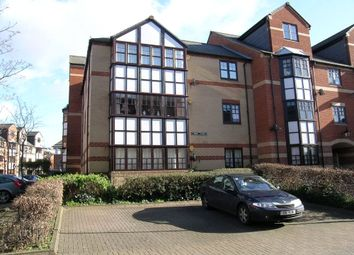 2 bed flat to rent in Maltings Place, Reading, Berkshire RG1